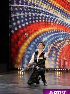 Juggler Eugene Rotar