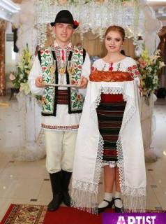 Танцоры на свадьбу TINERETEA